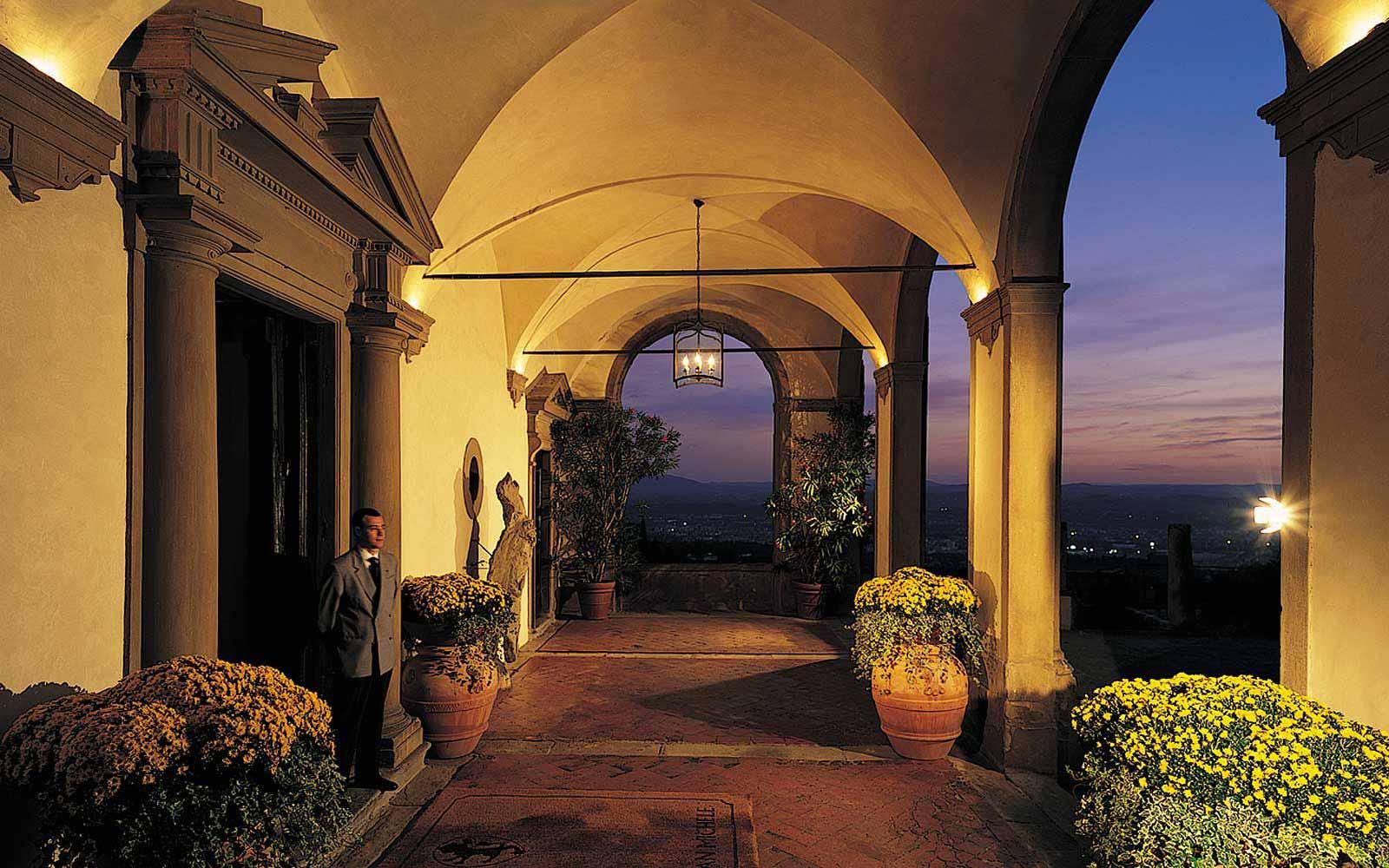 Entrance to the Belmond Villa San Michele