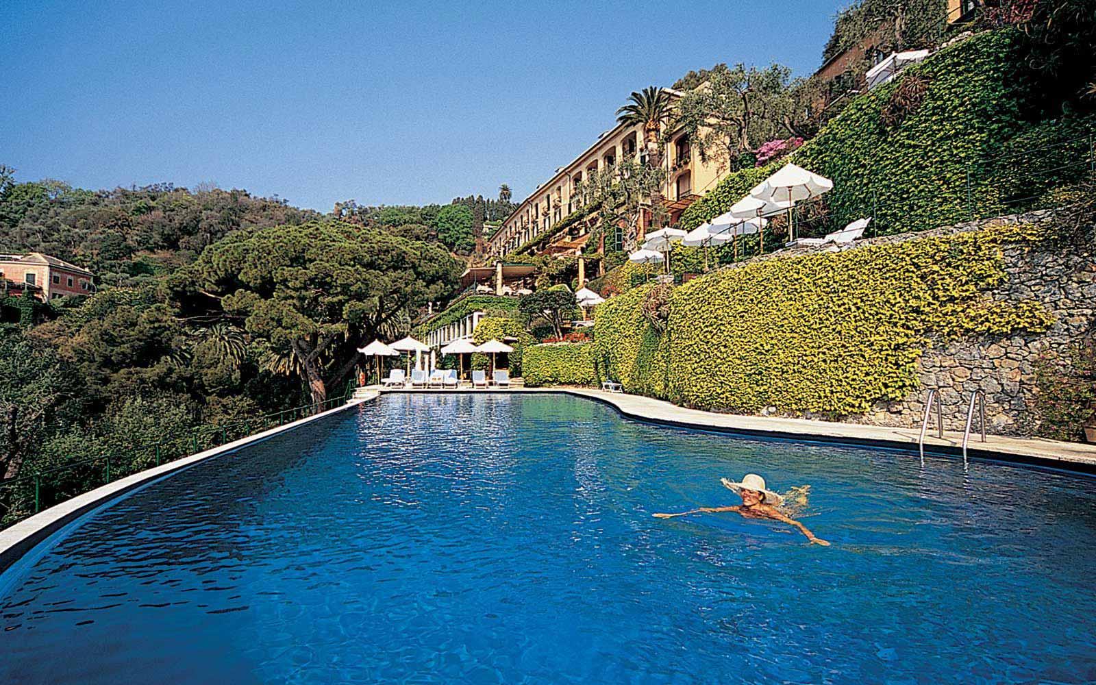 Swimming pool at Belmond Hotel Splendido & Splendido Mare