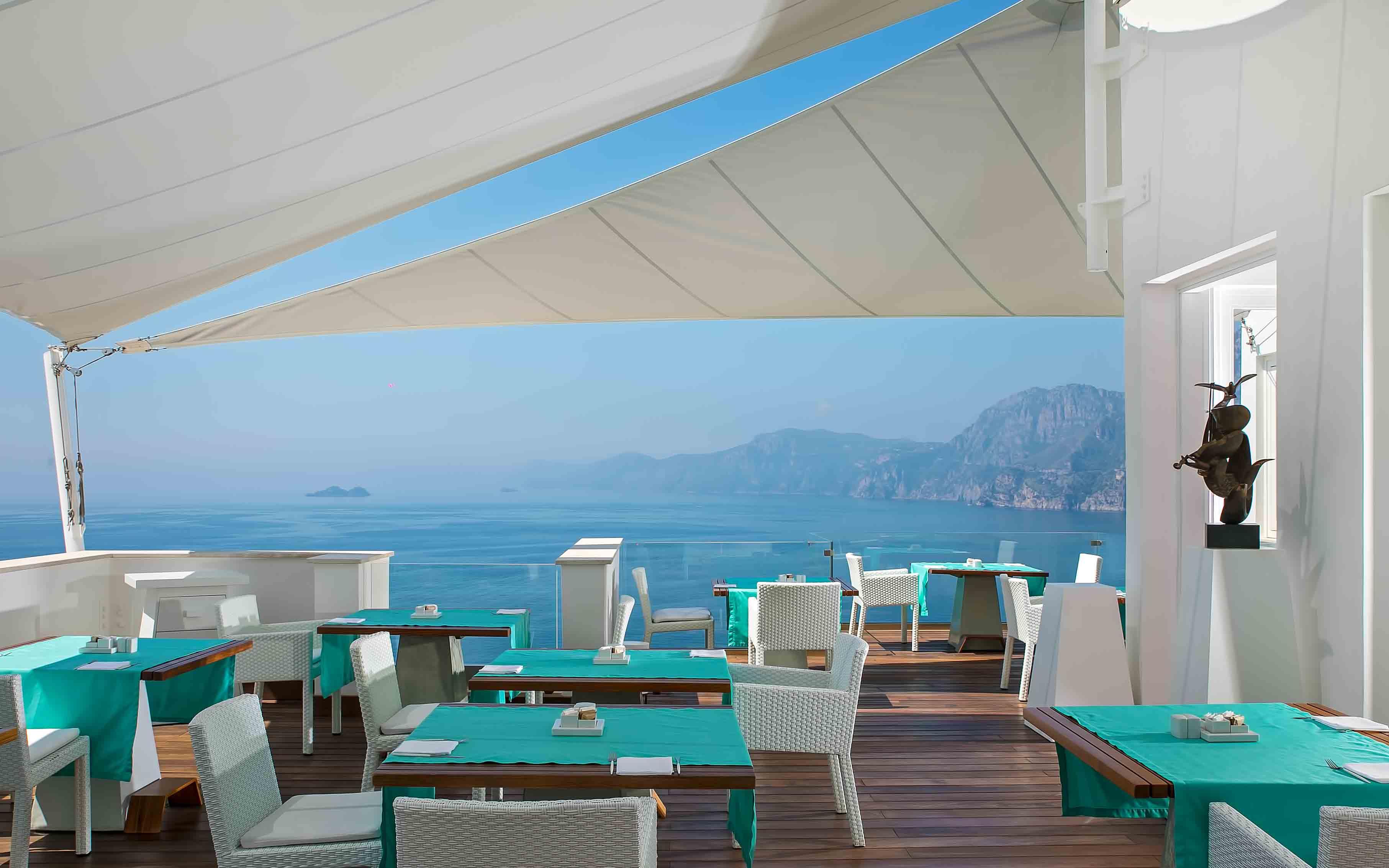 Un Piano nel Cielo Restaurant at Casa Angelina